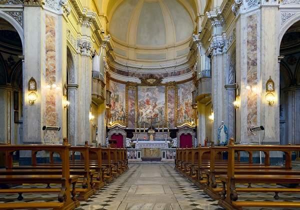 San_Paolo_alla_Regola_(Rome)_-_interior