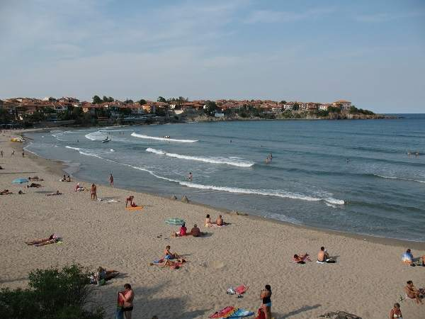 View_on_the_beach,_Sozopol_-_Созопол_-_panoramio